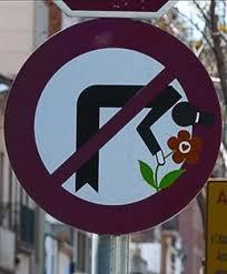 señal tráfico flor